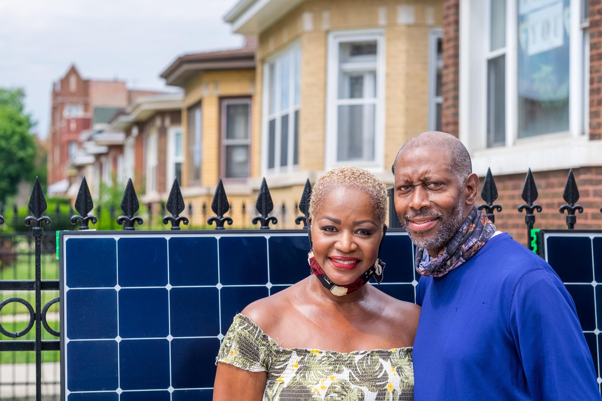 Debra & Earl go solar