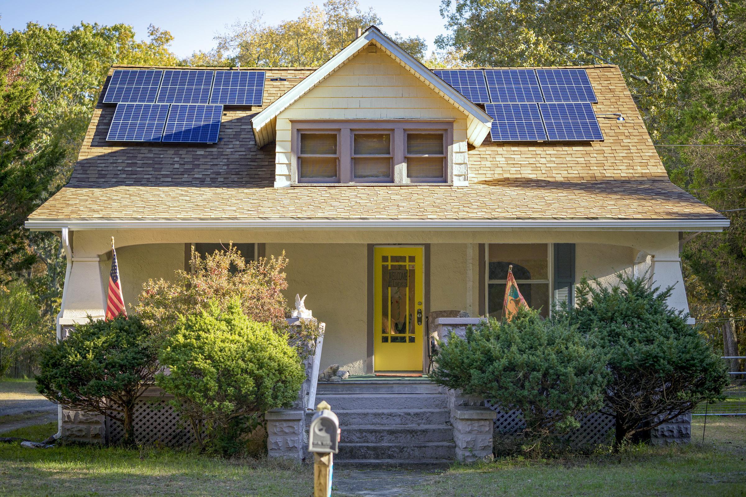 Advocates Condemn Indiana Move to Curb Solar